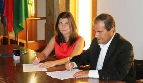 Cerimónia de assinatura do Tratado de Limites de Fronteira entre Terras de Bouro e Lóbios