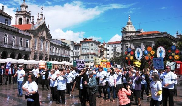 Instituições de Terras de Bouro participaram em flash mob alertando para maus-tratos a idosos