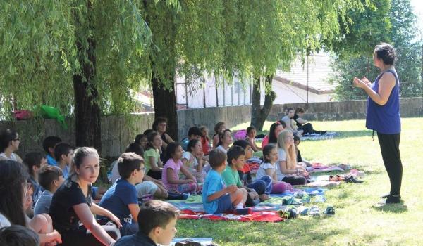 """Centro Municipal de Valência assinala """"Dia Internacional do Yoga"""""""
