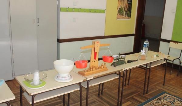 """O Centro Municipal de Valências promoveu Workshop """"Pensar como cientista – experimento…logo aprendo"""" para alunos do Agrupamento de Escolas"""