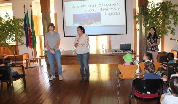 """O Centro Municipal de Valências promoveu Workshop sobre """"A vida nos Oceanos, Rios, Ribeiros e Lagoas – Causas e Consequências da Poluição"""" para alunos do Pré-Escolar do Agrupamento de Escolas"""