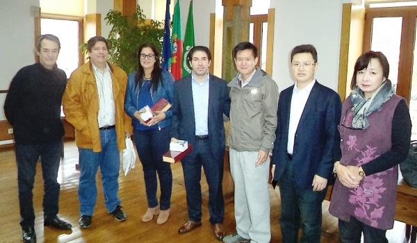 Cientistas chineses recebidos na Câmara Municipal