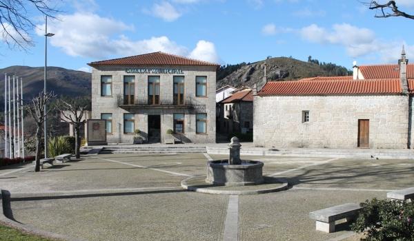 """Exigido """"caráter prioritário"""" à ligação do saneamento em alta no Vale do Cávado"""