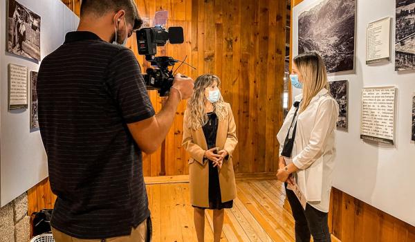 """Programa """"Viver AQUI"""" do Porto Canal divulga tradição das """"toalhas de águas às mãos"""" em Terras de Bouro"""
